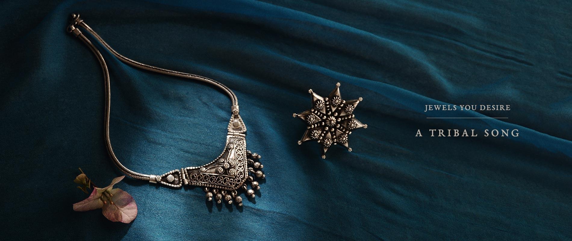 180203NHJ095_Naresh_Handicrafts_180214CUR205_Tribal_silver_8808