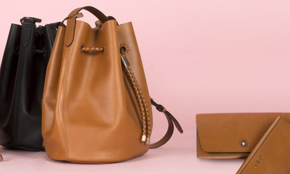 Bag Those Classics Vitasta Handcrafted Leather Saddle Bags Totes Clutcheore Online At Jaypore