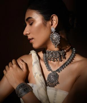 Kshitij Jewels And Crafts