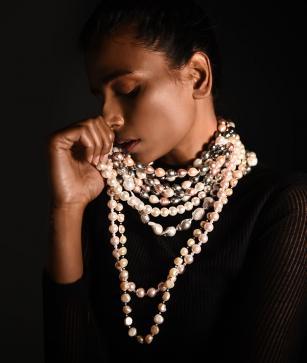 Suhani Parekkh, Dyuti And Shagun Das Beads And Stones