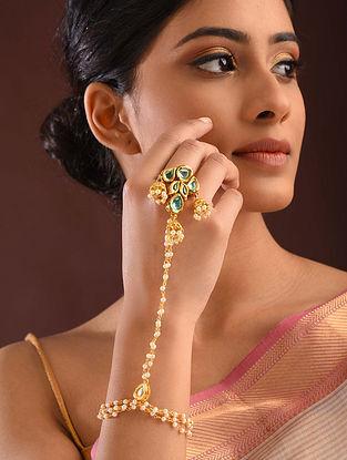 Green Gold Tone Kundan Haathphool With Pearls
