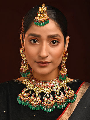 Green Red Gold Tone Kundan Enameled Necklace And Earrings With Maangtikka