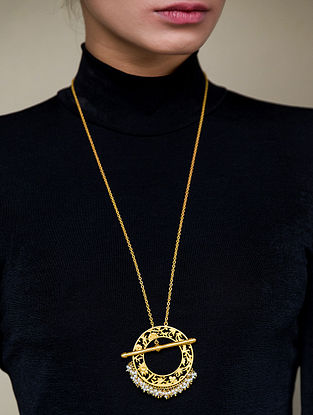 Gold Plated Handcrafted Pendant And Chain With Pearls