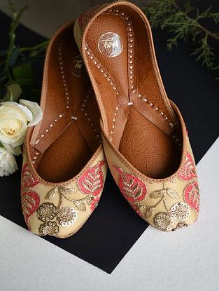 Peach Handcrafted Silk Leather Juttis