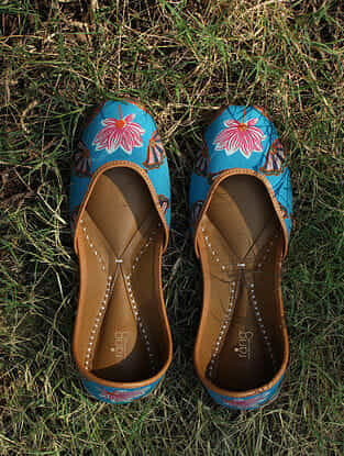 Turquoise Handcrafted Cotton Juttis