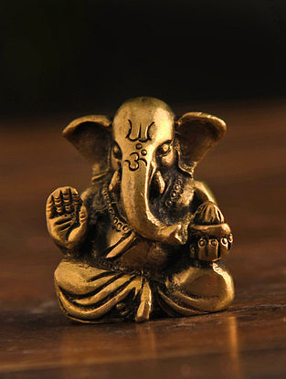 Brass Ganesh Table Top Accent (L-1in, W-1.5in, H-2in)