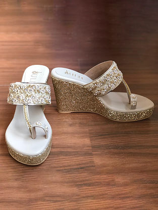 White Gold Handcrafted Faux Leather Kolhapuri Wedges