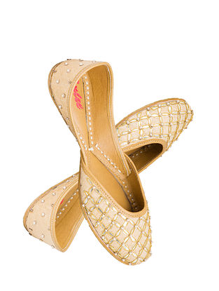 Beige Handcrafted Suede Leather Juttis