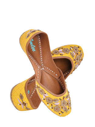 Yellow Handcrafted Suede Leather Juttis