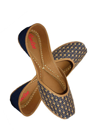 Navy Blue Handcrafted Suede Leather Juttis