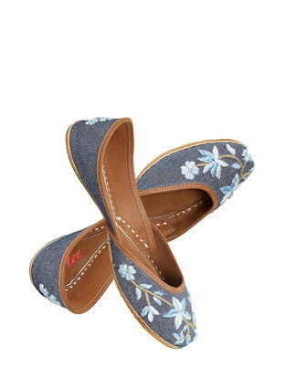 Blue Handcrafted Suede Leather Juttis