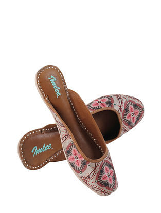 Pink Handcrafted Suede Leather Mojaris