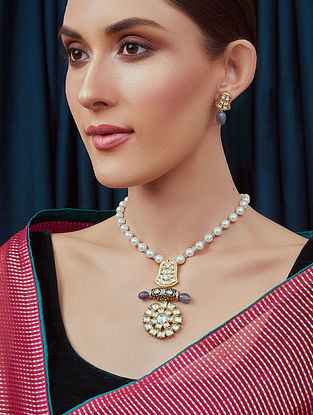 grey Gold Tone Kundan Necklace With Earrings