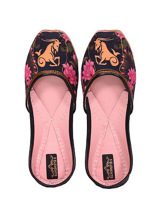 Multicolored Handcrafted Printed Juttis