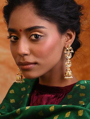 White Gold Tone Kundan Jhumki Earrings With Pearls