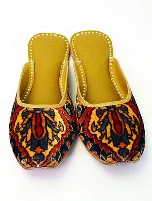 Multicolored Handcrafted Printed Velvet Leather Mojaris