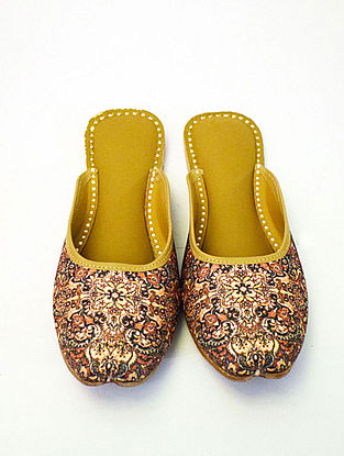 Rose Gold Handcrafted Printed Silk Leather Mojaris