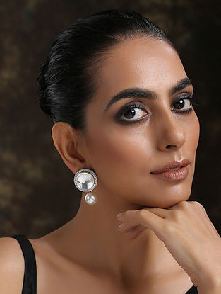 White Dual Plated Kundan Earrings With Pearls