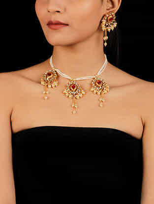 Red Gold Tone Beaded Kundan Necklace And Earrings With Pearls
