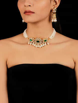Green Gold Tone Beaded Kundan Necklace And Earrings With Pearls