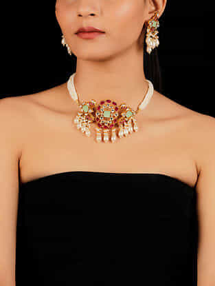 Red Green Gold Tone Beaded Kundan Necklace And Earrings With Pearls