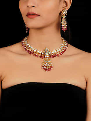 Red Gold Tone Kundan Necklace With Earrings