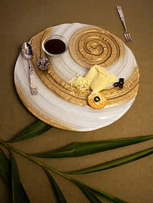 Gold and Ivory Spiral Glass Lazy Susan Turntable (Dia-12in, H-1in)