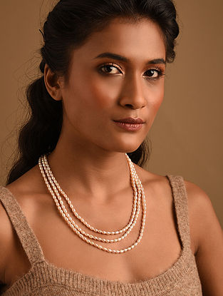 Cream Fresh Water Pearl Beaded Necklace