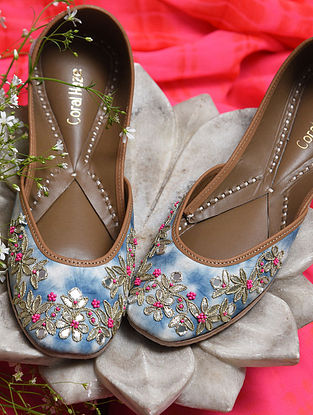 Multicolored Handcrafted Genuine Leather Juttis