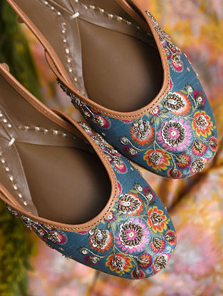 Teal Handcrafted Genuine Leather Juttis
