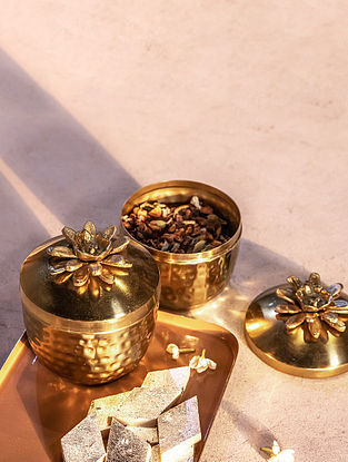 Shiny Gold Afreen Jar Set Of 2(Dia- 4.25in ,H - 5in)