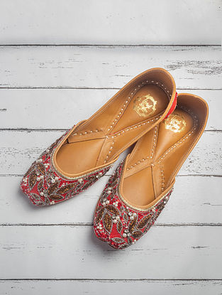Red Handrafted Beaded Raw Silk Juttis
