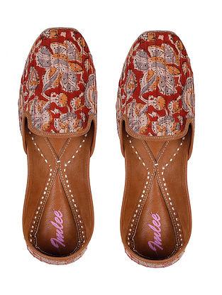 Rust Kalamkari Printed Leather Juttis