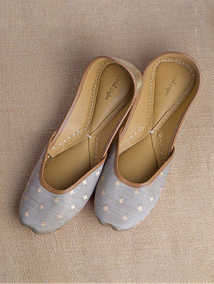 Grey Gold Handcrafted Brocade Silk Juttis