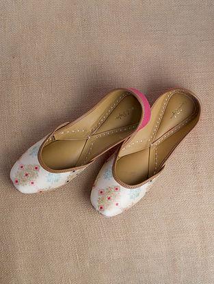 White Pink Printed Patola Silk Juttis