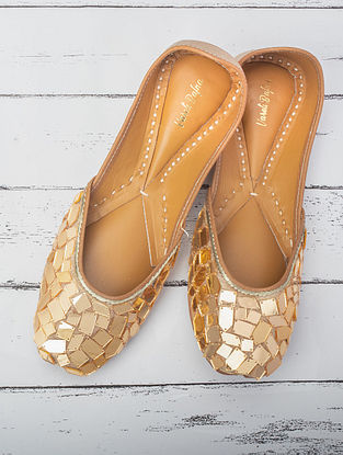 Gold Handcrafted Raw Silk Juttis