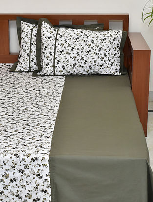 Olive Floral Printed Cotton King Bedsheet with Pillow Covers