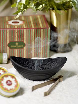 Black Nilgiri Fumer Gift Box (L - 6.5in ,W - in ,H - 2.5in)