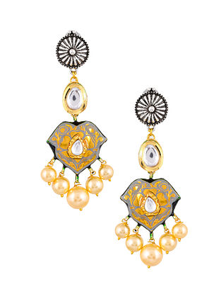 Grey Dual Tone Enameled Kundan Earrings With Pearls