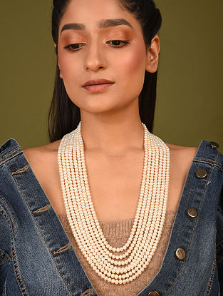 White Layered Pearl Beaded Necklace