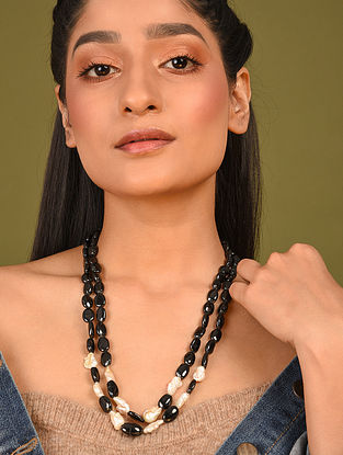 Black Cream Beaded Necklace With Spinel And Pearls