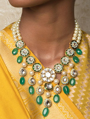 Green Gold Tone Kundan Enameled Necklace With Quartz And Pearls