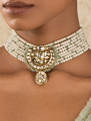 White Gold Tone Kundan Beaded Choker Necklace With Agate And Pearls