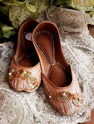 Pastel Pink Handcrafted Silk Leather Juttis