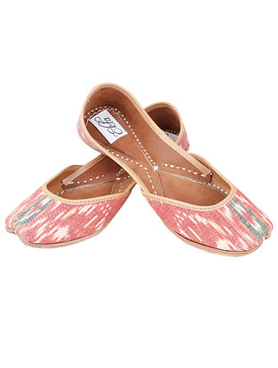 Red Handcrafted Ikat Leather Juttis