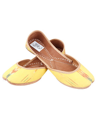 Yellow Handcrafted Ikat Leather Juttis