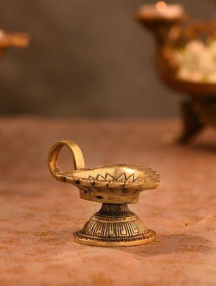 Brass Aarti Diya (L- 4in, W-2.5in)