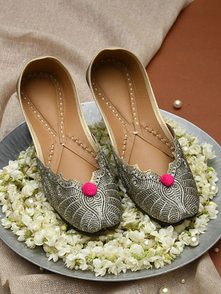 Grey Handcrafted Faux Leather Juttis