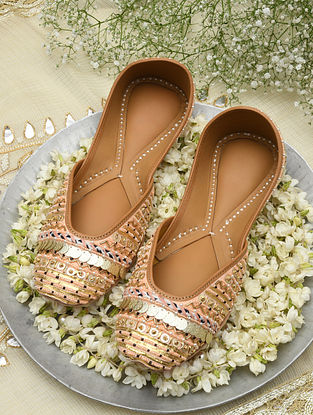 Peach Handcrafted Beaded Leather Juttis