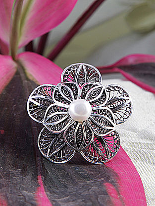 Filigree Silver Adjustable Ring With Pearl
